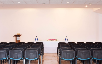 Hotel's Conference & Meeting facilities include: